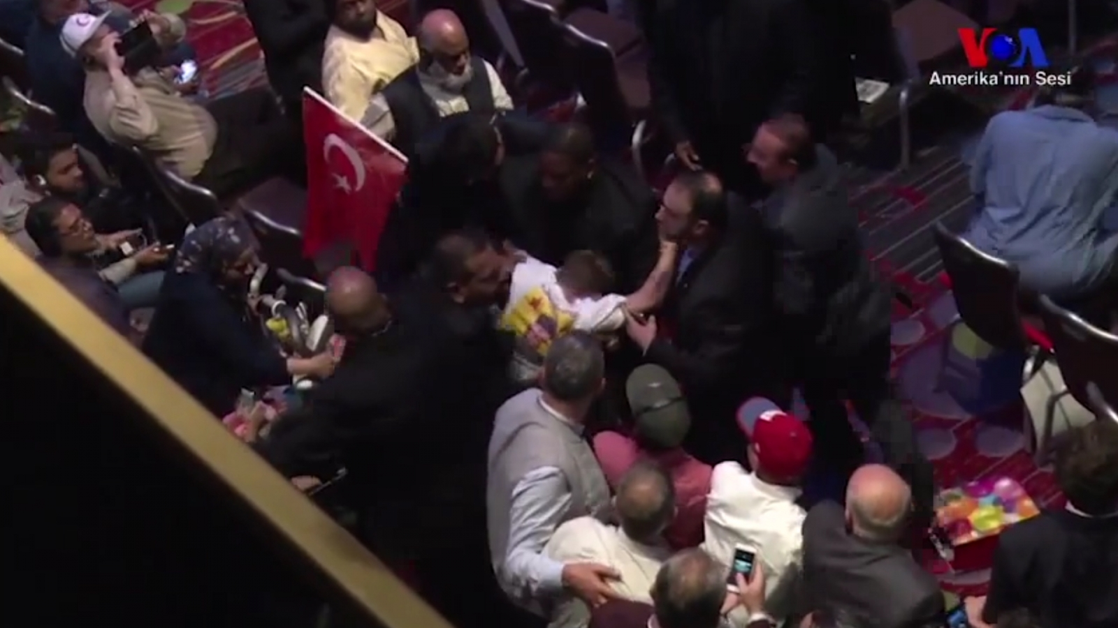 anti-erodgan-protesters-punched-as-theyre-escorted-out-of-new-york-event