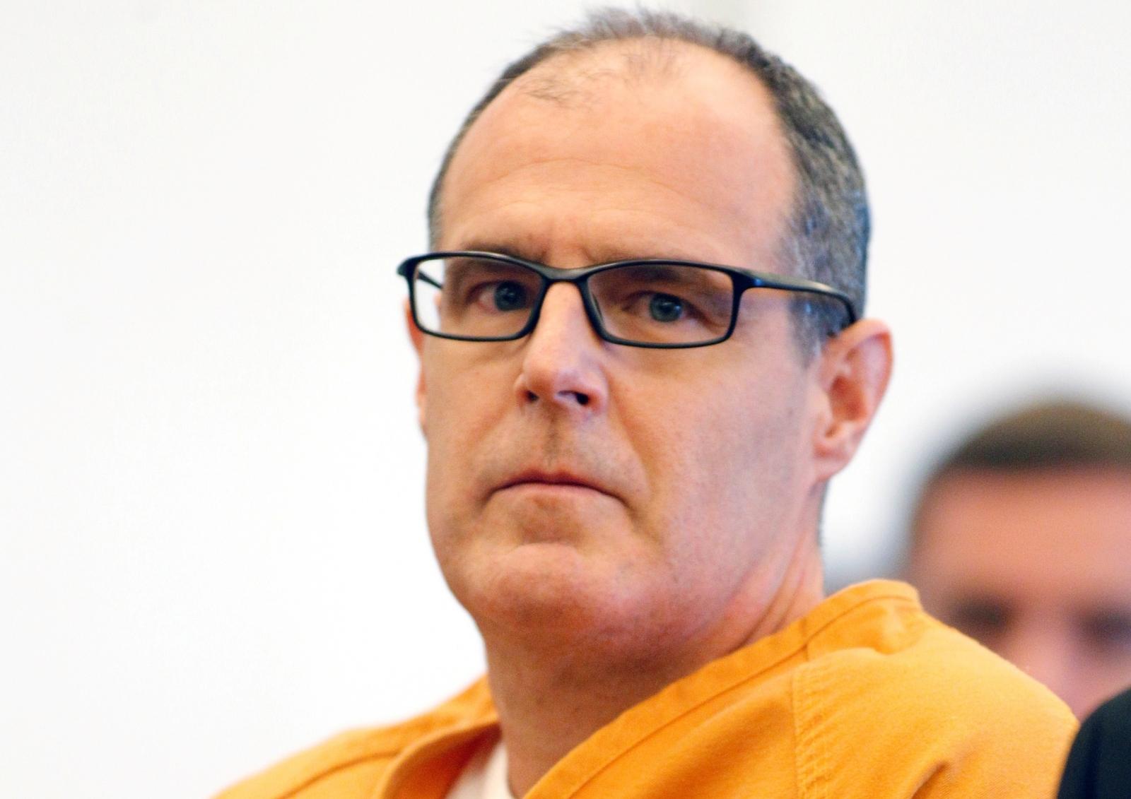 Scott Dekraai California hair salon killer