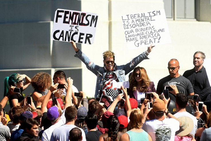 Far-right speaker Milo Yiannopoulos appears at University of California, Berkeley, even though a weeklong conservative free speech showcase was scrapped (24 September)