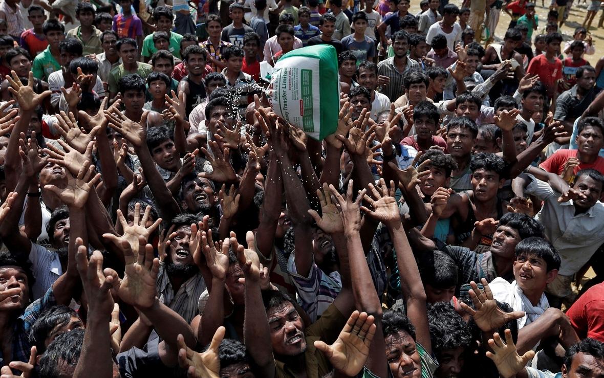 Rohingya Muslim Buddhist Myanmar Bangladesh