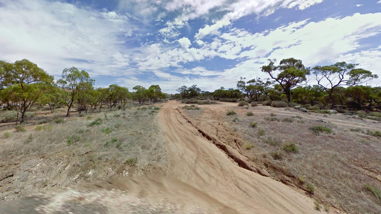 Mannum Australia grave digging