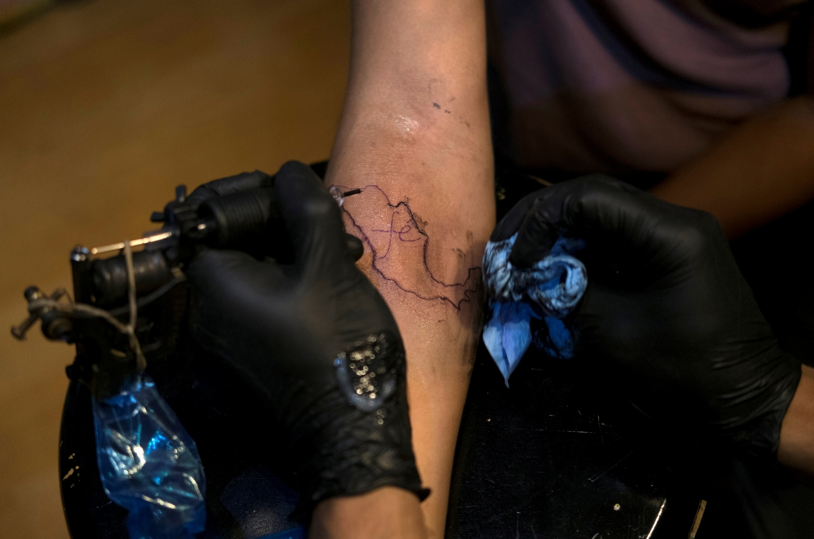 Smart Tattoo Ink Changes Color as it Monitors Vitals