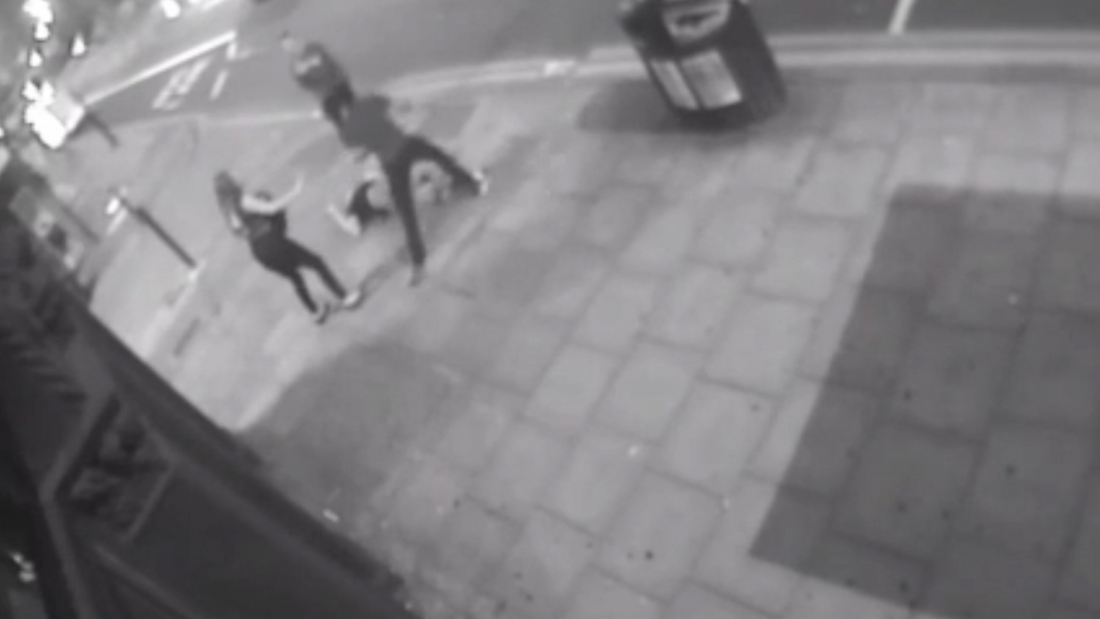 police-appeal-for-information-on-cyclist-who-seriously-assaulted-group-of-people-on-city-road