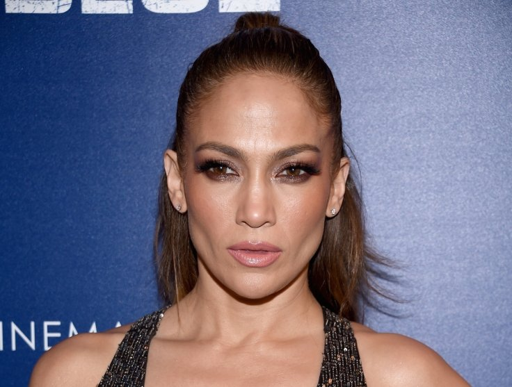 Jennifer Lopez Will Make You Fall In Love With This Sultry Throwback