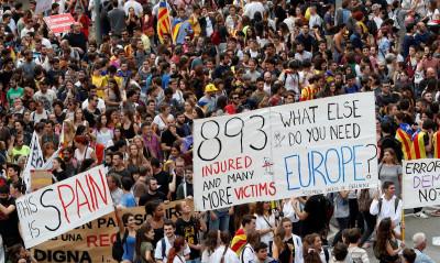 Barcelona strike catalan referendum