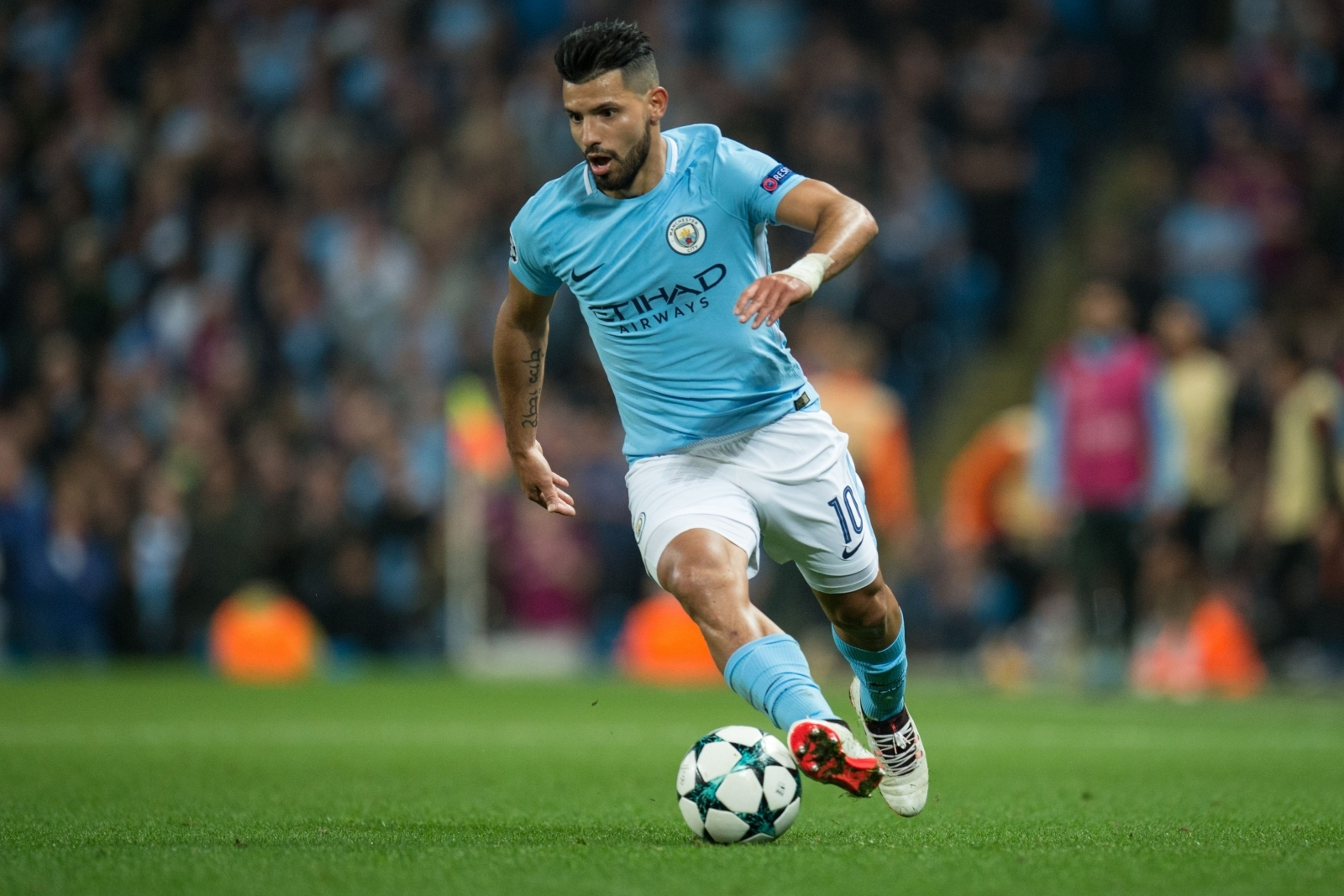 Doctor reveals Sergio Aguero 'CAN'T MOVE' after Amsterdam auto crash