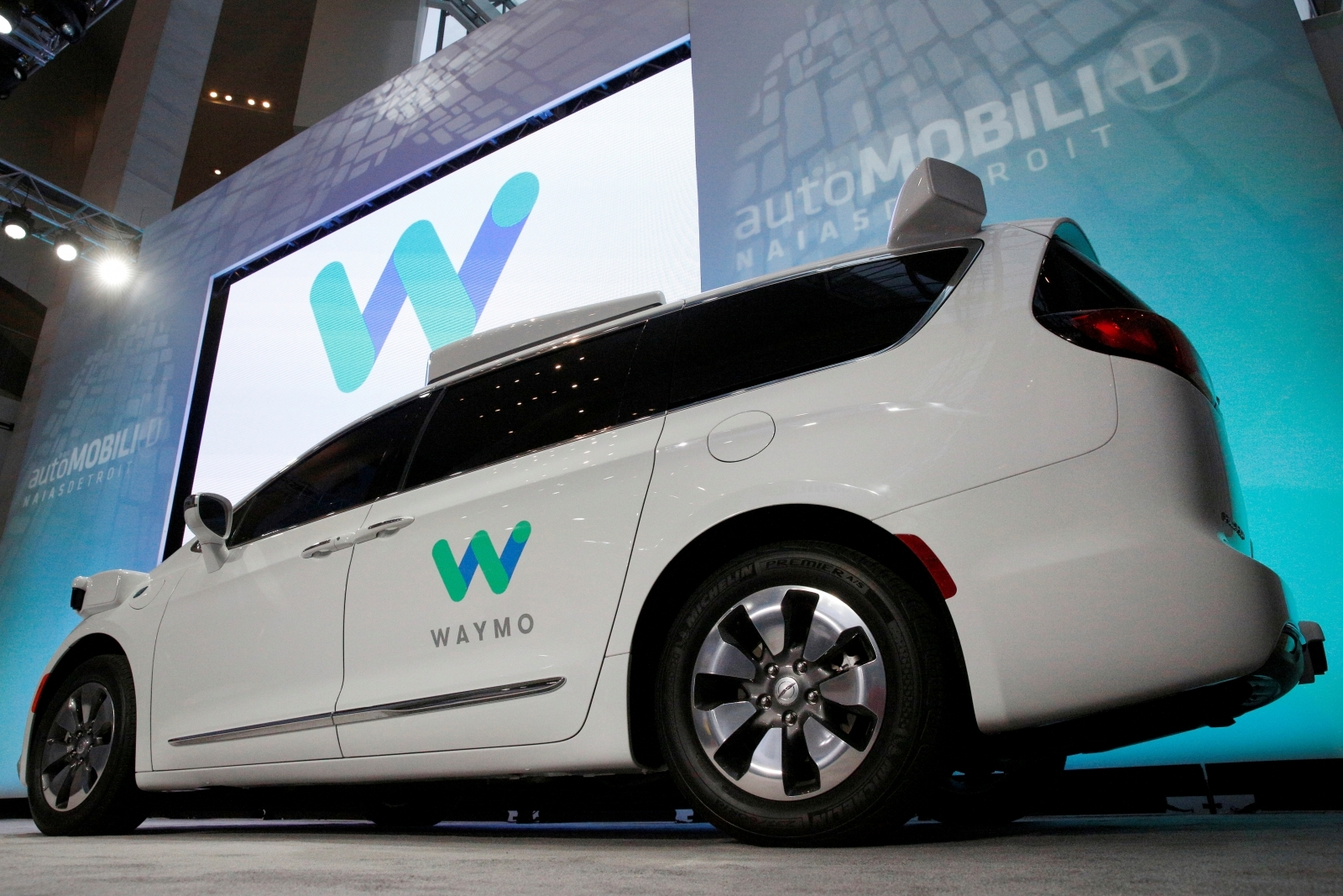 Waymo's lawsuit against Uber is delayed to December