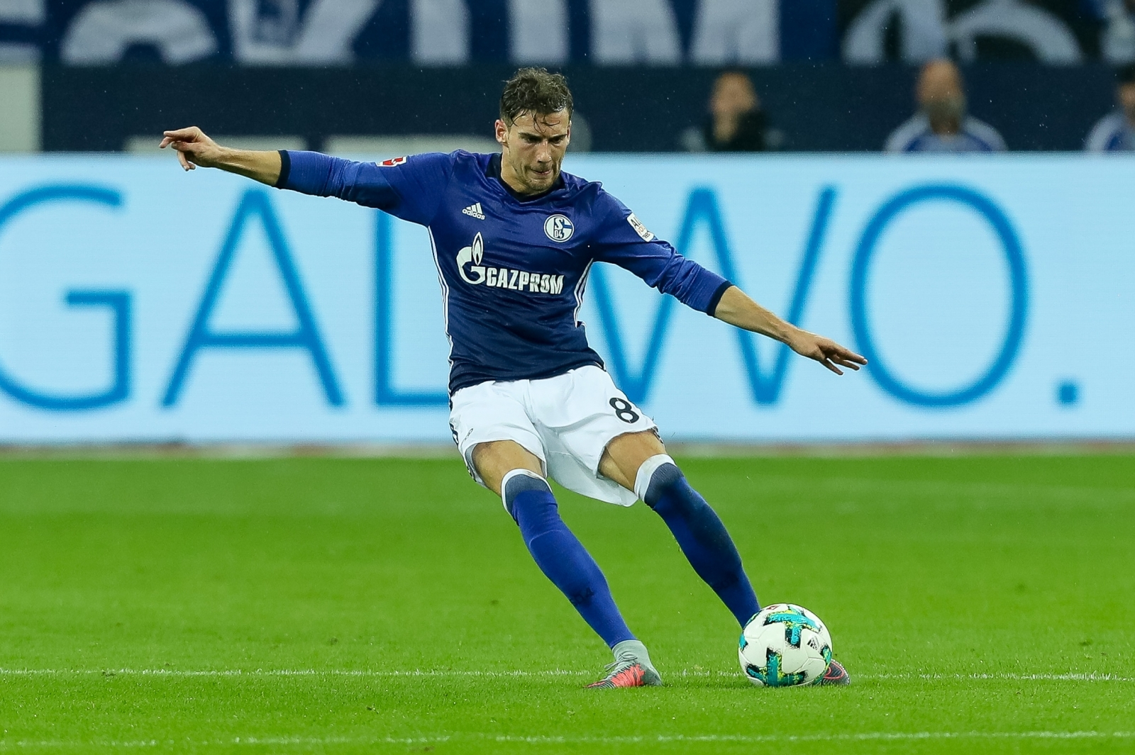 Manchester United transfer boost as Barcelona rule out Leon Goretzka signing