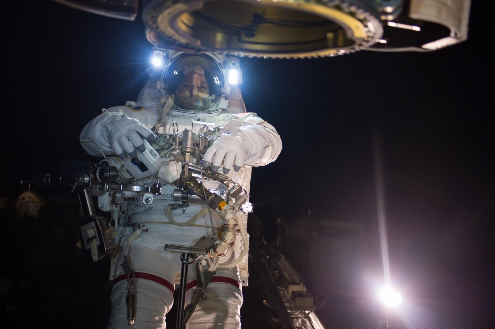 Nasa spacewalk