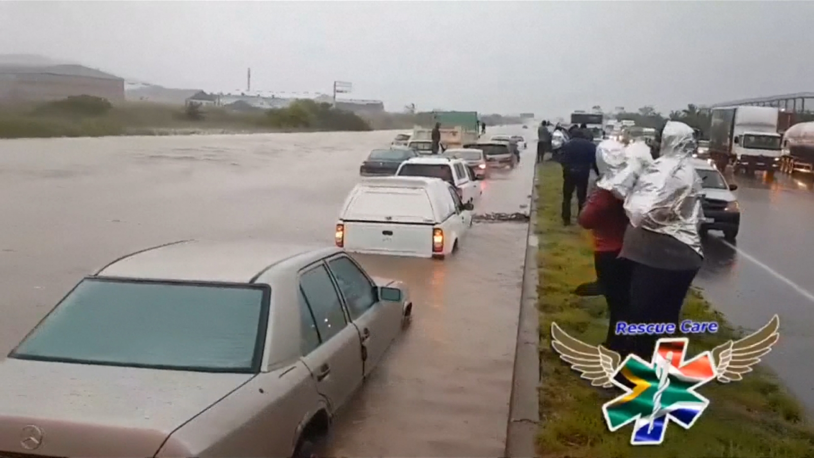 deadly-flash-floods-hit-south-africa