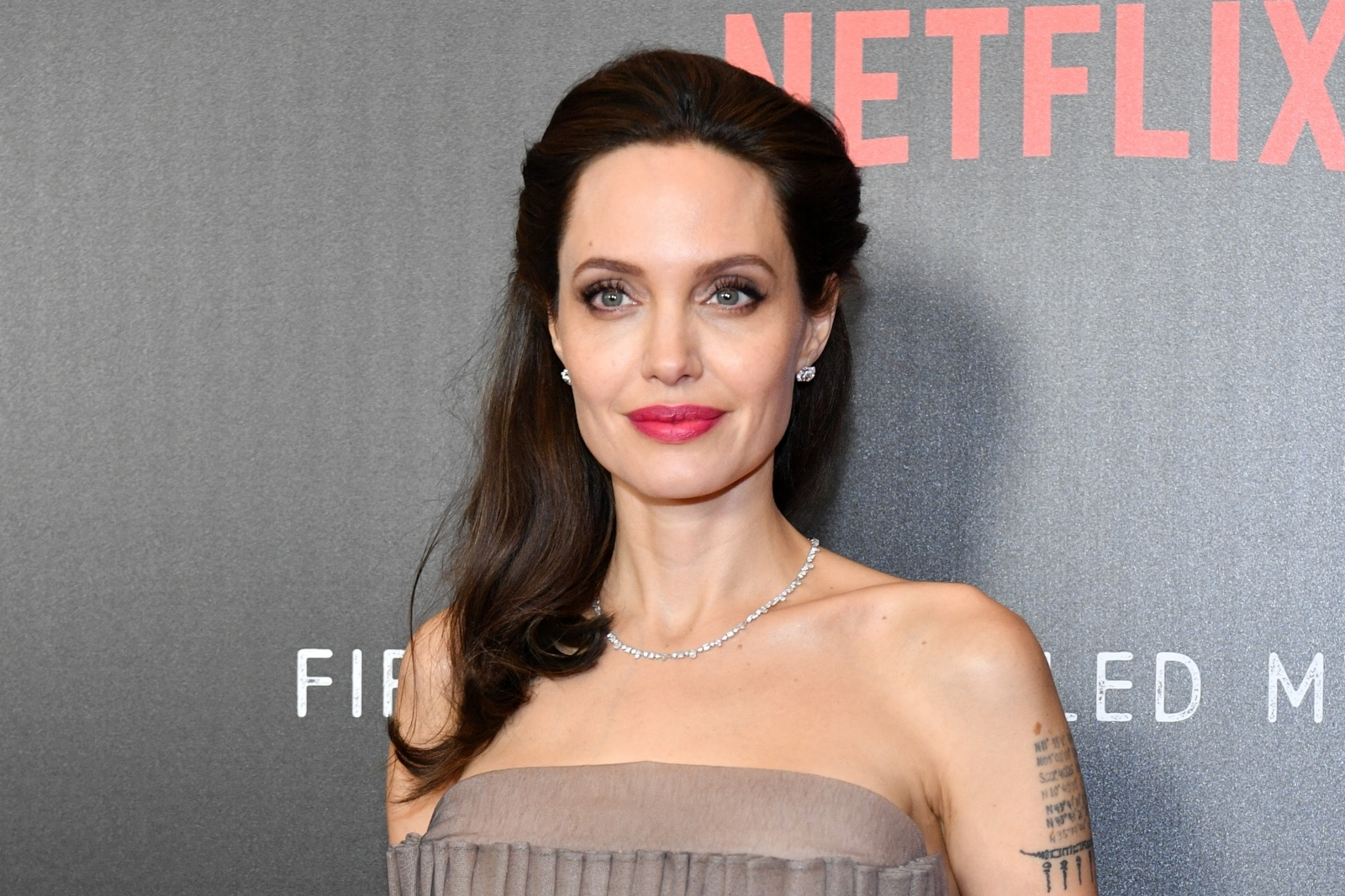 Did Angelina Jolie-wannabe 'Corpse Bride' get 50 surgeries