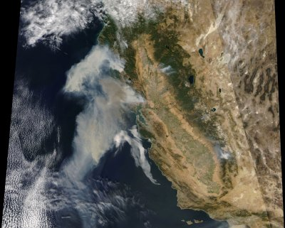 Smoke spreading from California fires