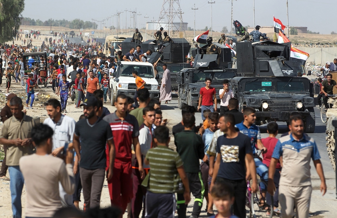 Iraq pushes Kurds out of more territories, including ...