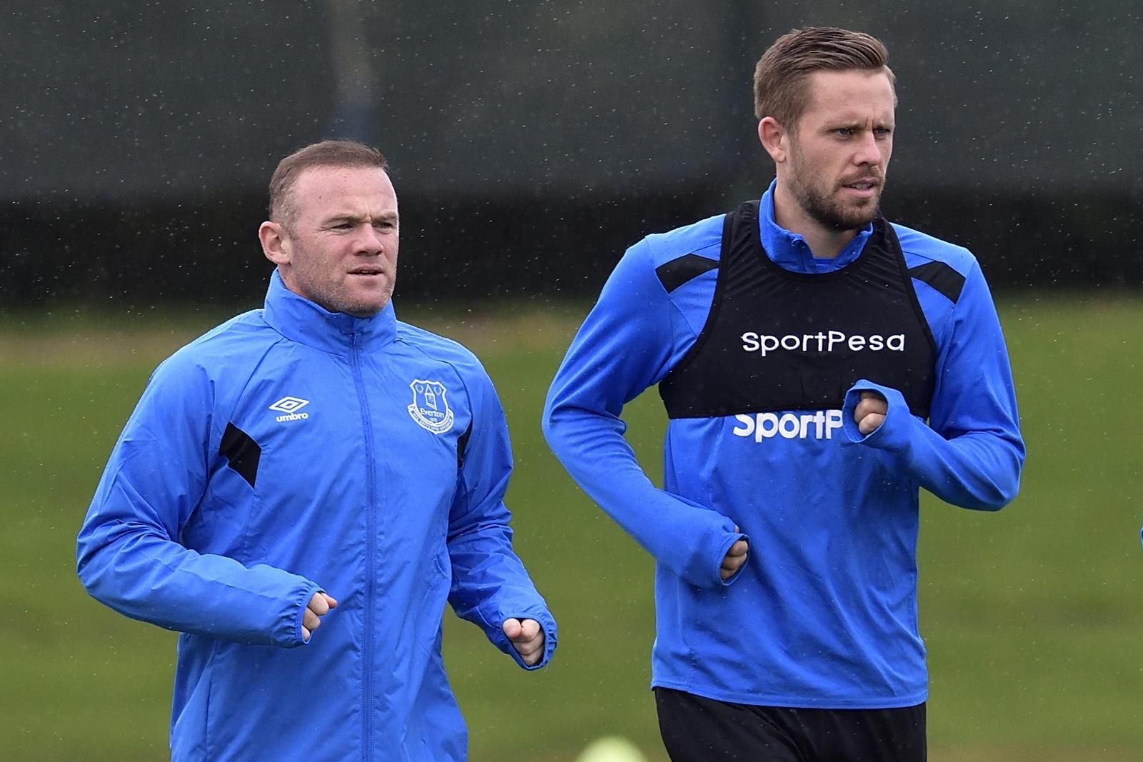 Wayne Rooney and Gylfi Sigurdsson