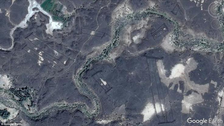 Harrat Khaybar 'gates'