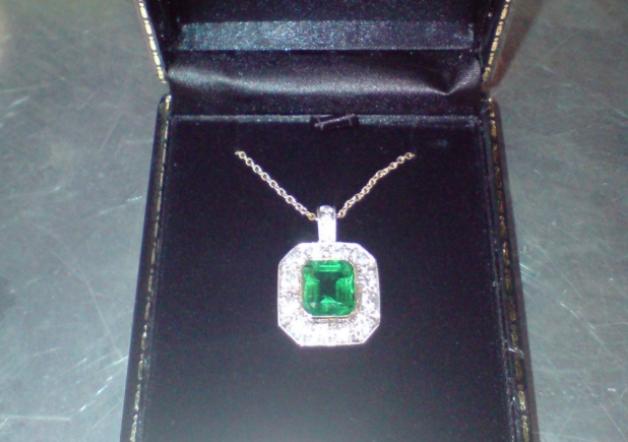 Lady Somerleyton necklace