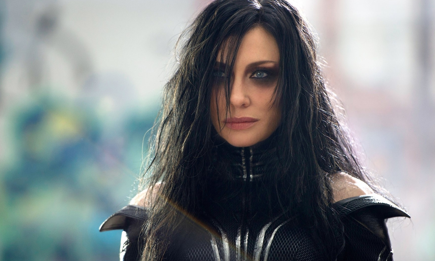 Watch Hela Destroy Thor's Hammer In This New Thor: Ragnarok Clip