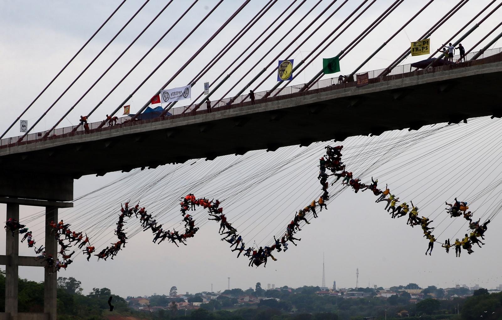 Bungee jump in Brazil