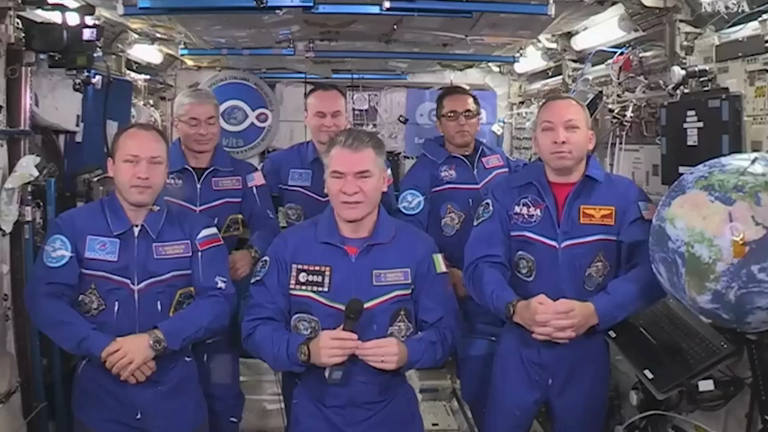 pope-francis-speaks-to-international-space-station-crew