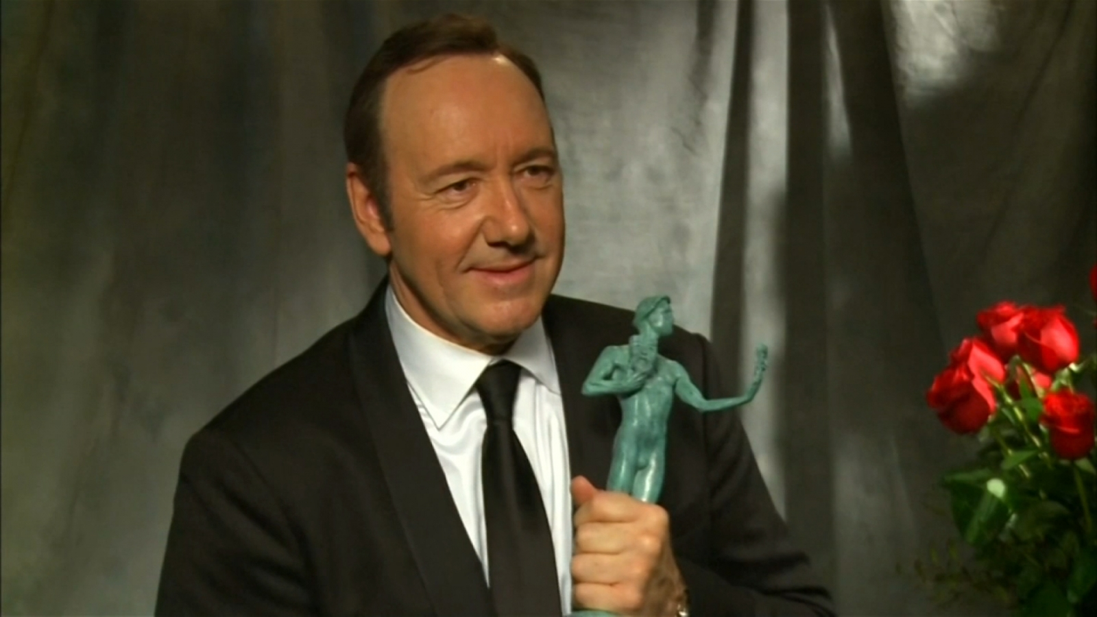 kevin-spacey-apologizes-for-sexual-advance-claim-made-by-former-child-actor