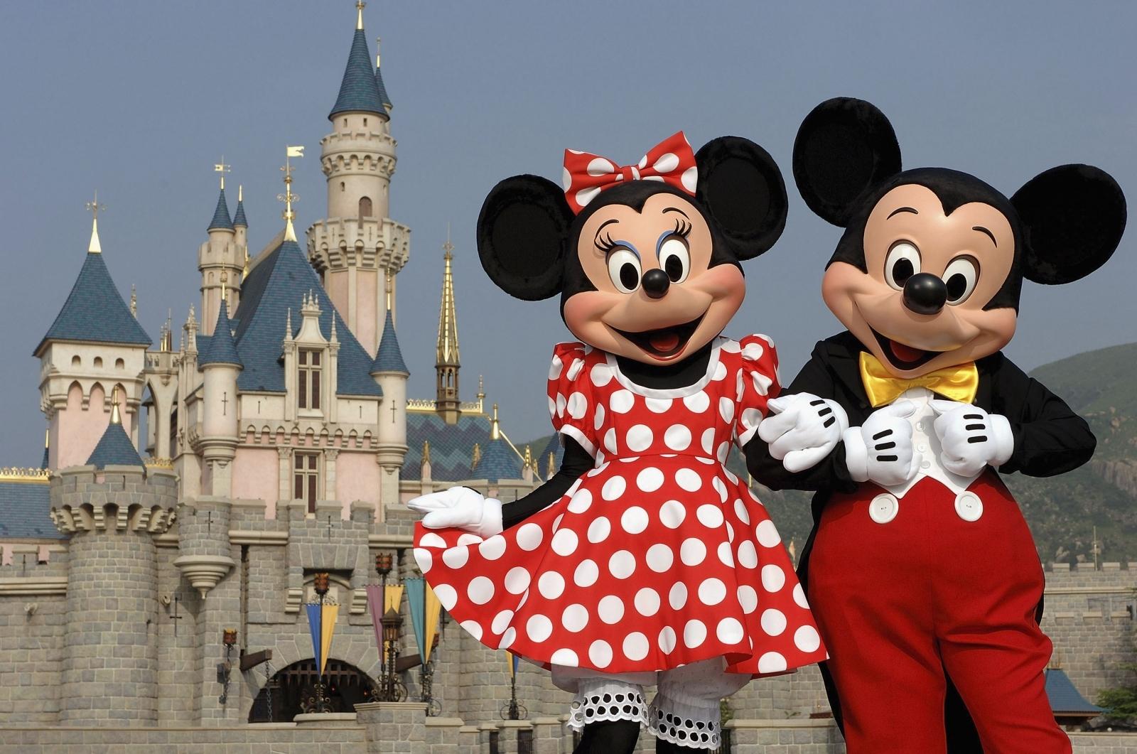 Minnie and Mickey at Disneyland