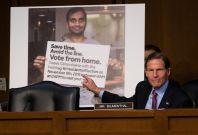 Senator Blumenthal questions Twitter