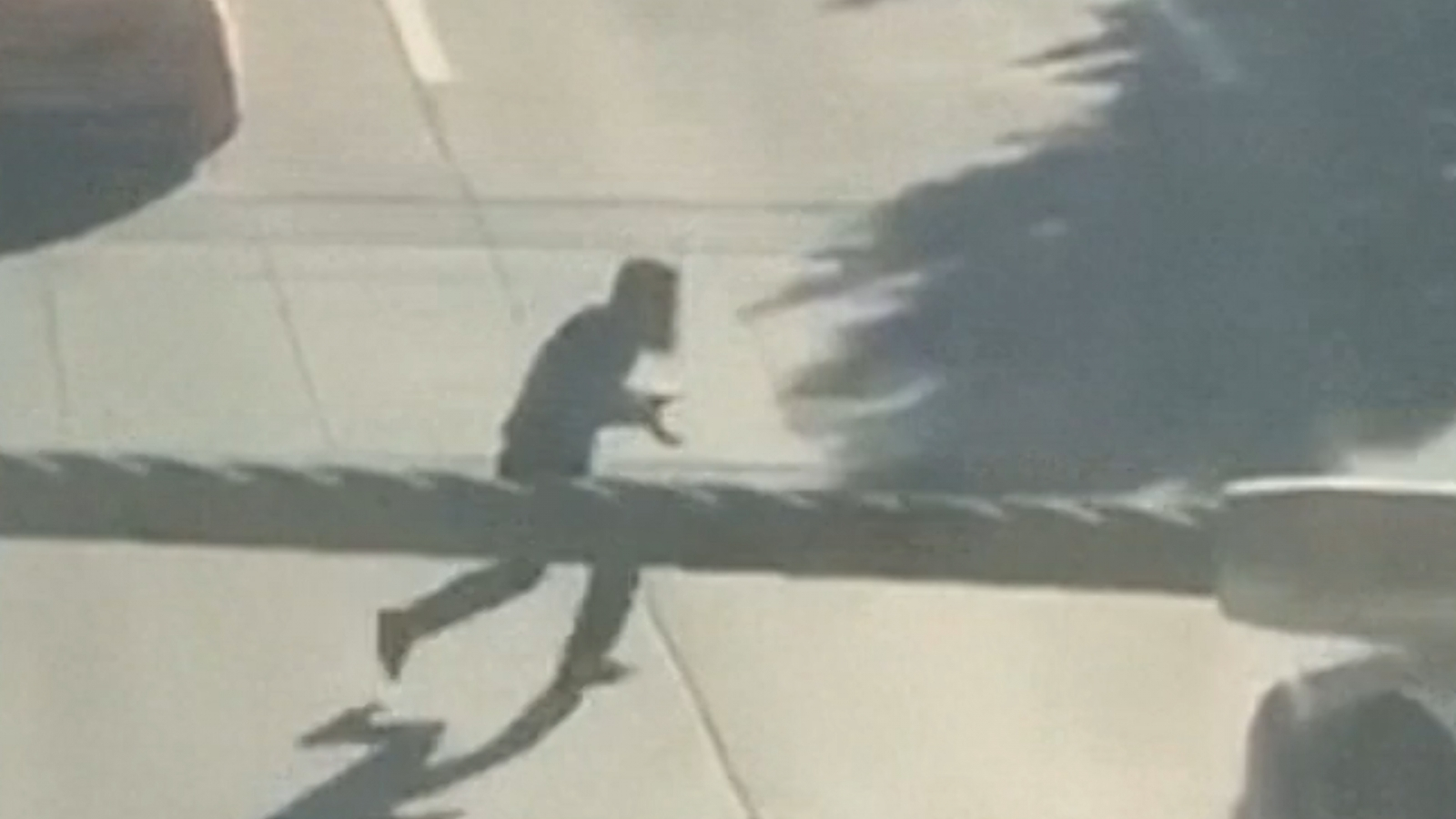 Sayfullo Saipov running from scene