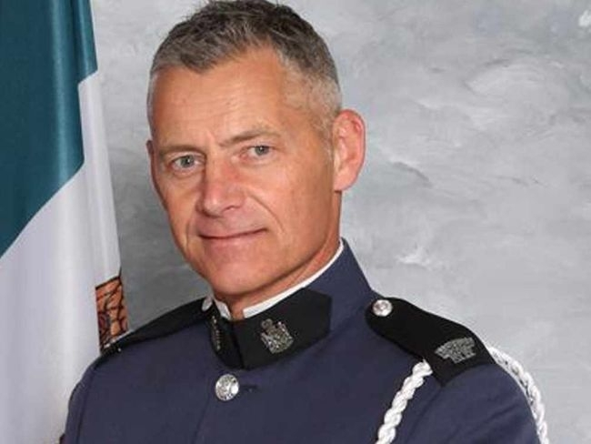 "John Davidson, a British police officer serving in Canada has been hailed ""a hero"" after he was shot and killed during a shootout in British Columbia"