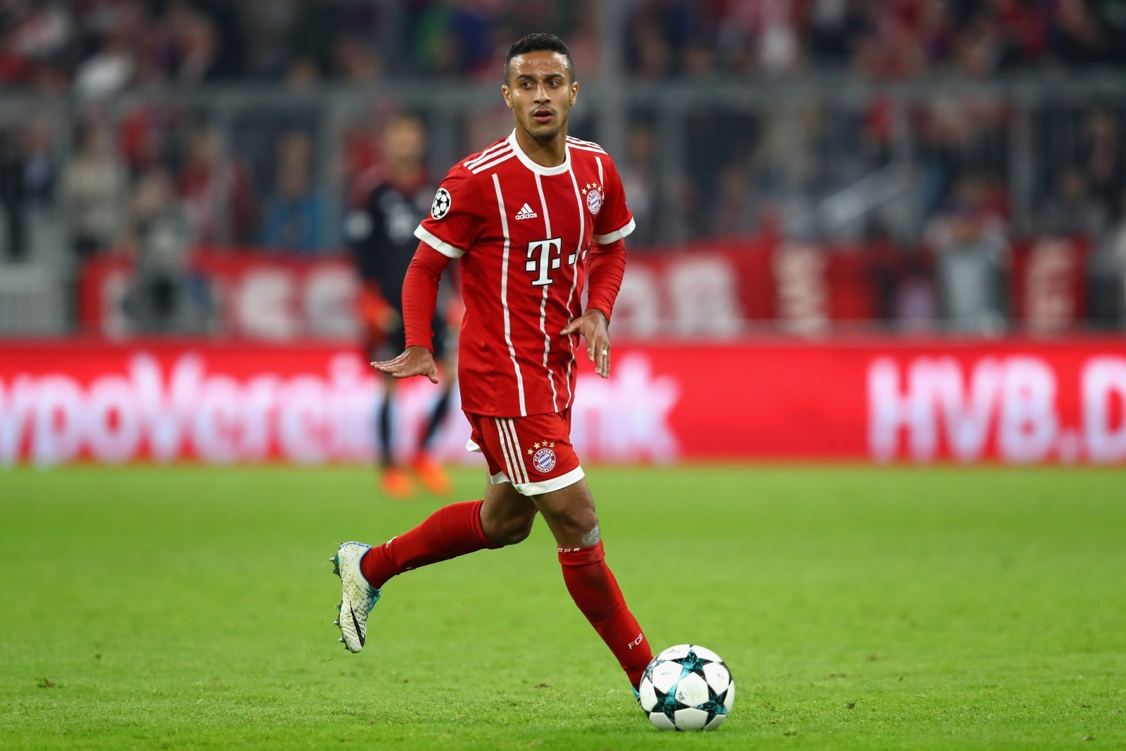 Barcelona news: Bayern Munich quote £77m for Thiago ...