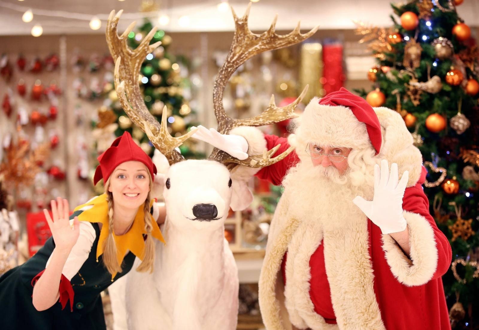 Christmas shopping retail staff