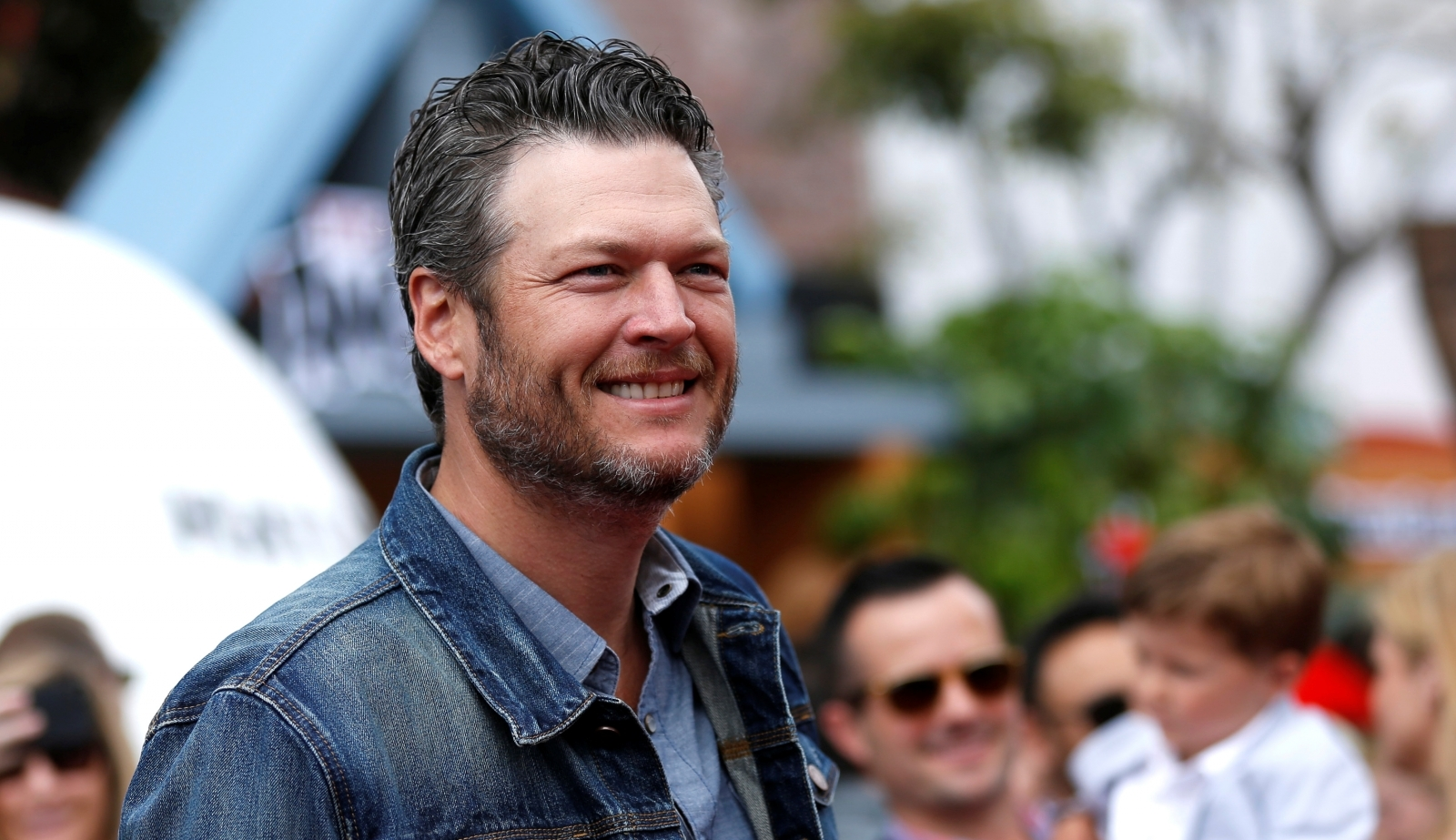 Blake Shelton shares heartbreaking message on brother's death anniversary