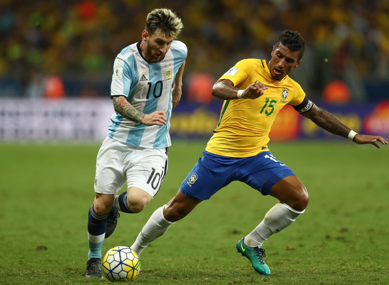 Paulinho-Lionel Messi