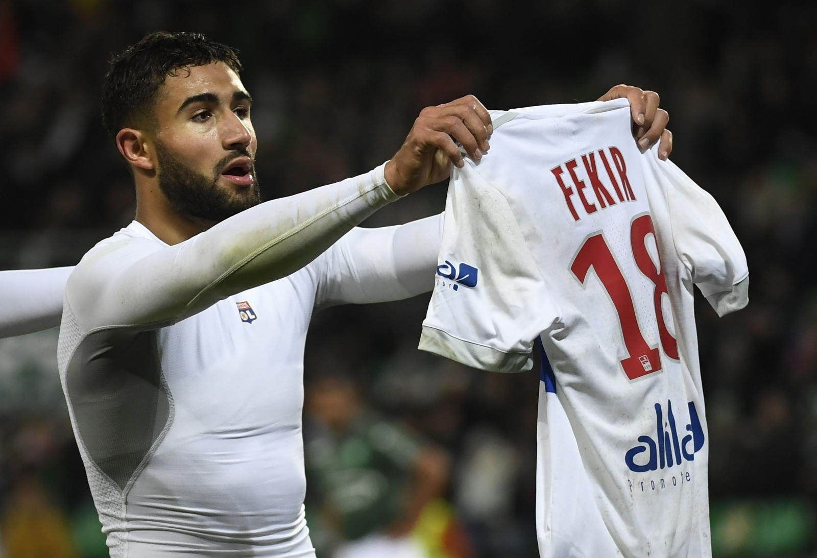 Lyon hopeful of keeping hold of Nabil Fekir amid Arsenal speculation
