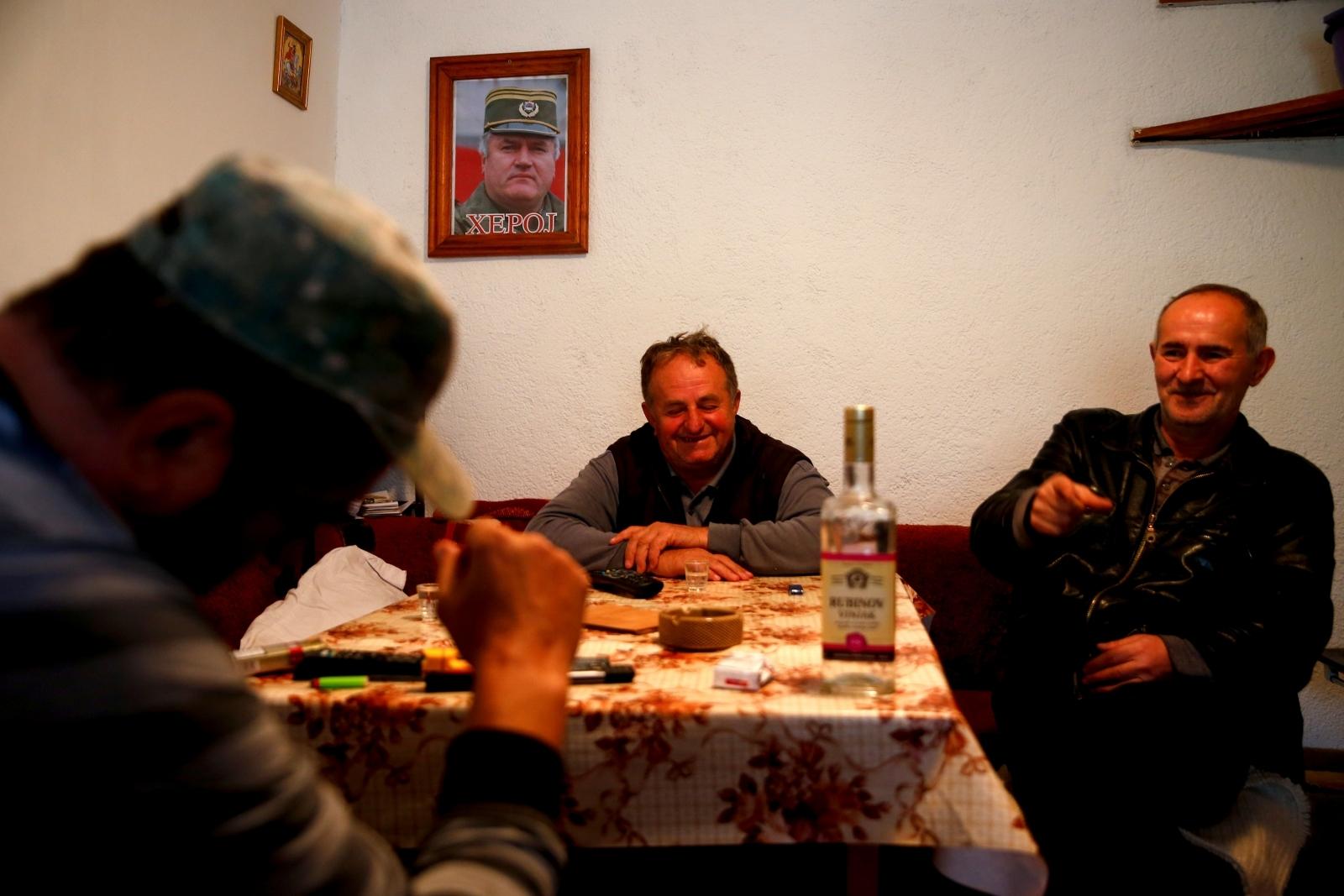 Bozanovici Ratko Mladic Srebrenica Bosnia