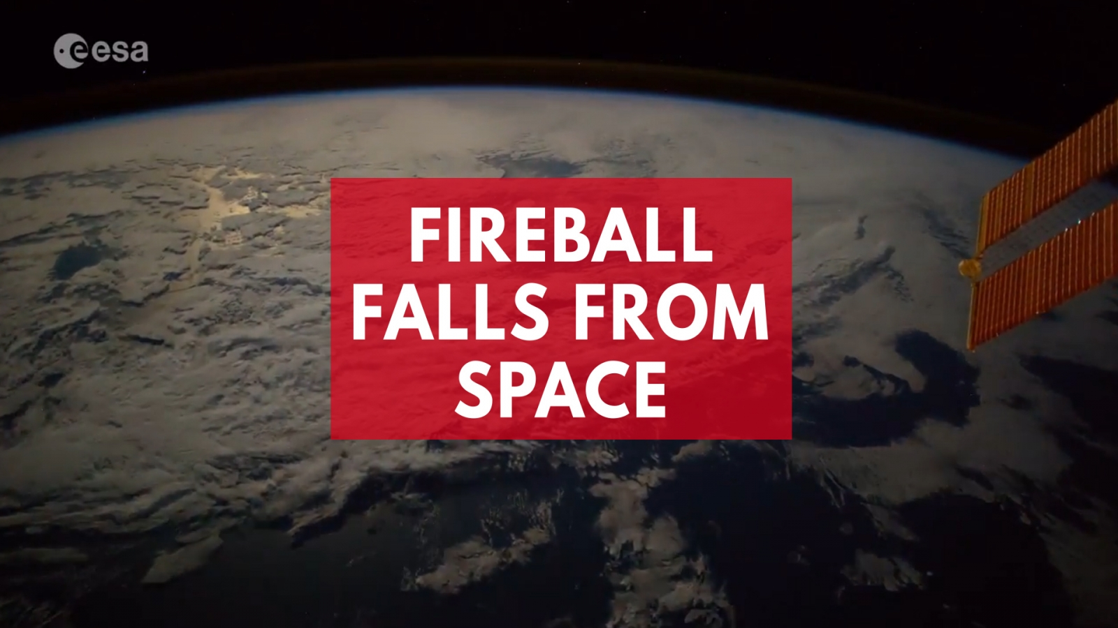 fireball-spotted-falling-to-earth-in-space-station-timelapse