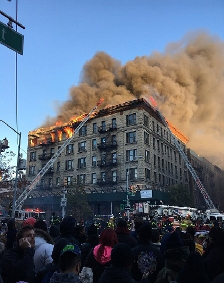 Manhattan apartment block fire