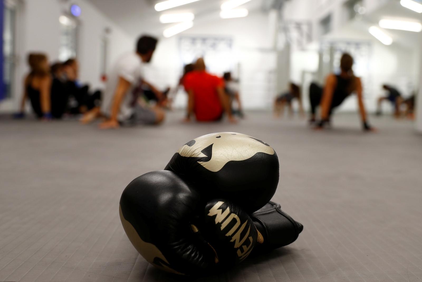 China boxer kills wife