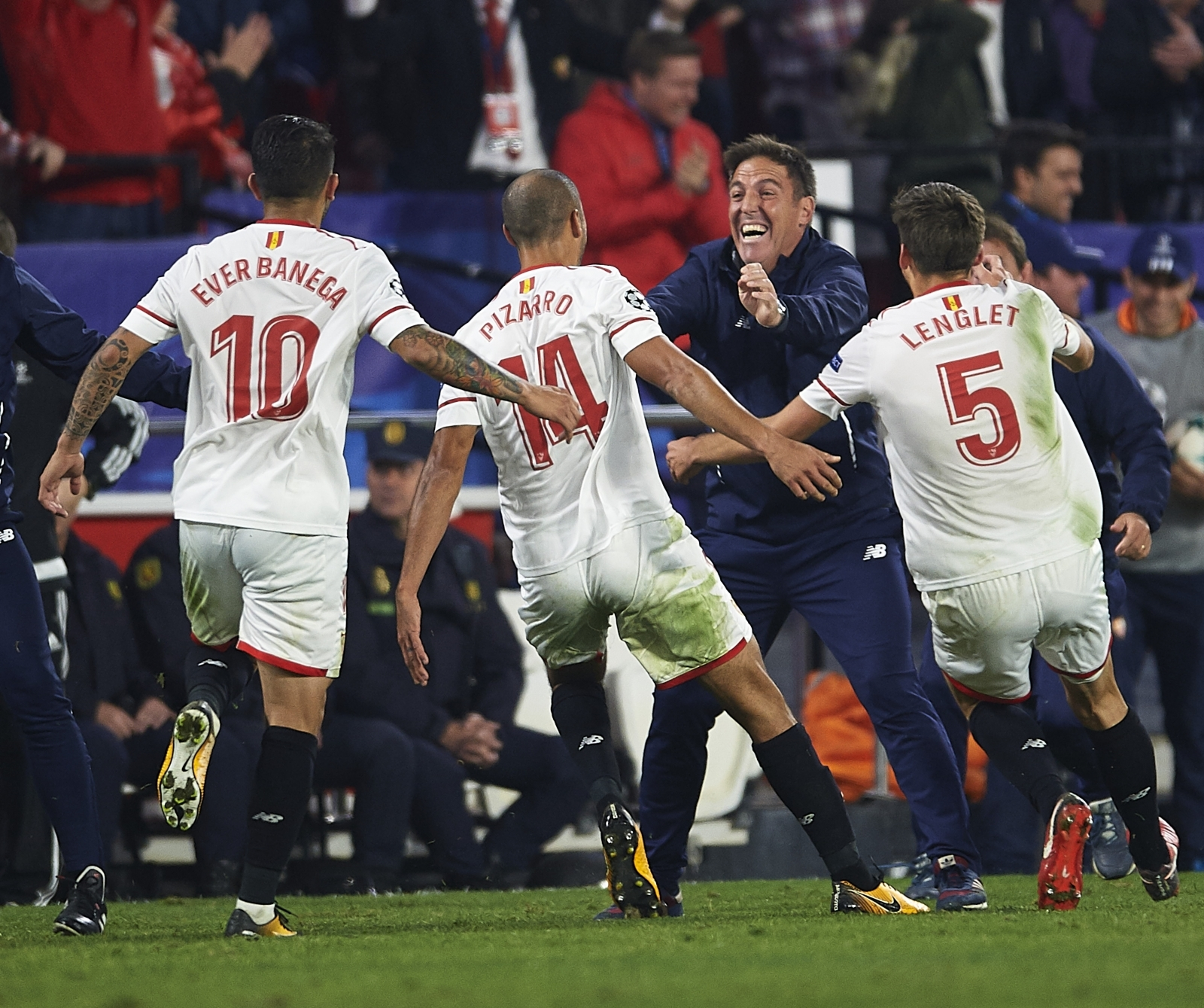We had to rely on personal pride - Berizzo praises Sevilla´s stunning comeback