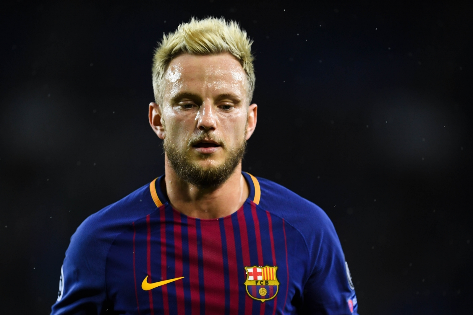 Barcelona Wallpaper Hd 2017 >> Ivan Rakitic believes Barcelona do not need January signings but would welcome Arsenal's Mesut Ozil