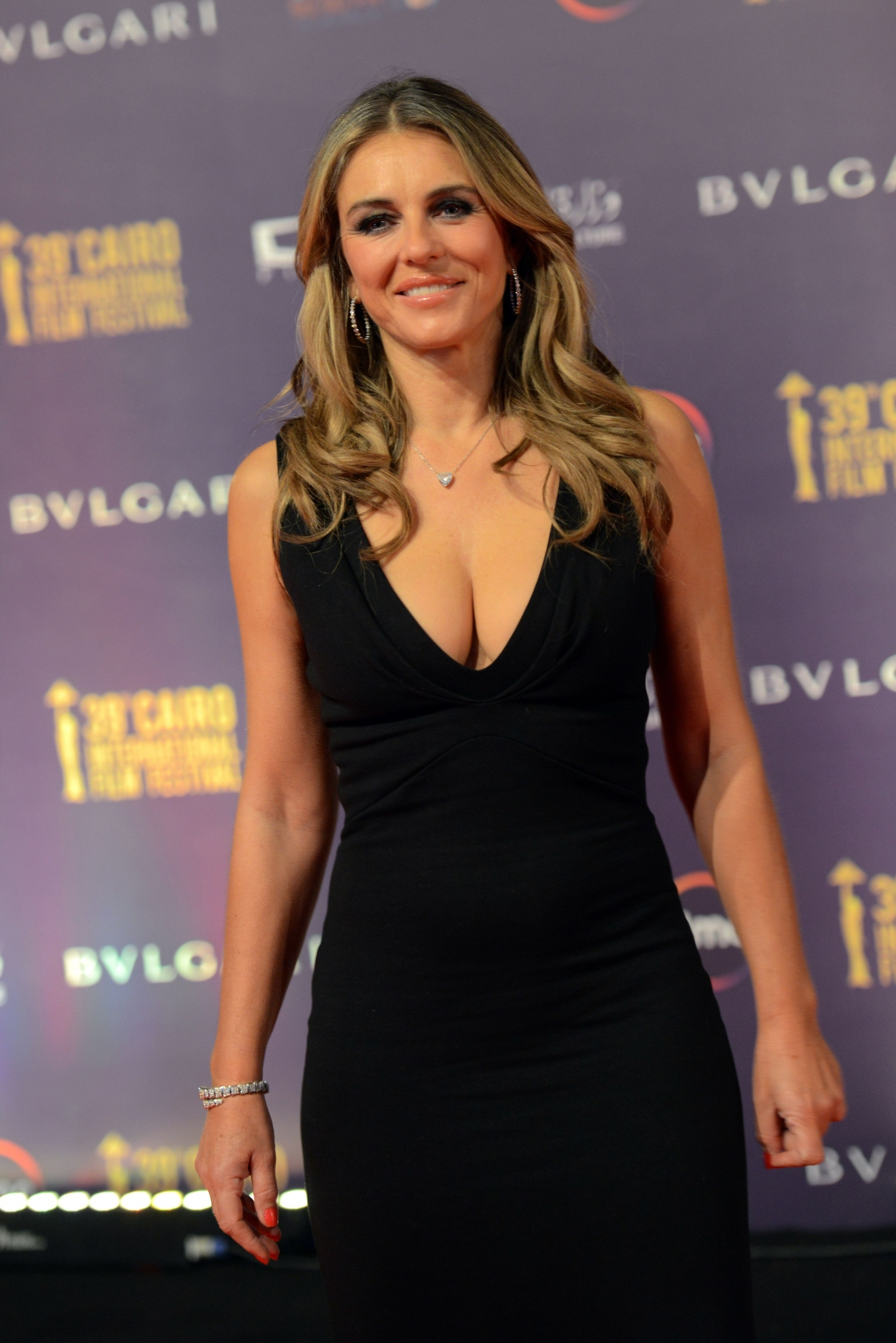 Elizabeth Hurley Stuns In Plunging Black Gown After