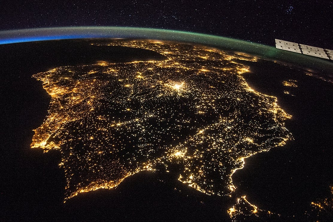 Artificial light means Earth is starting to 'lose night'