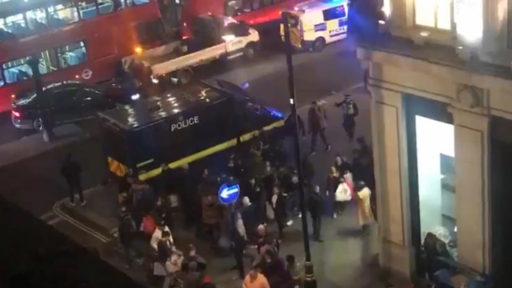 oxford-circus-incident-police-evacuate-area-amid-reports-of-gunshots