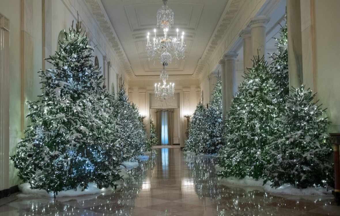 white house christmas decorations personally chosen by melania trump revealed