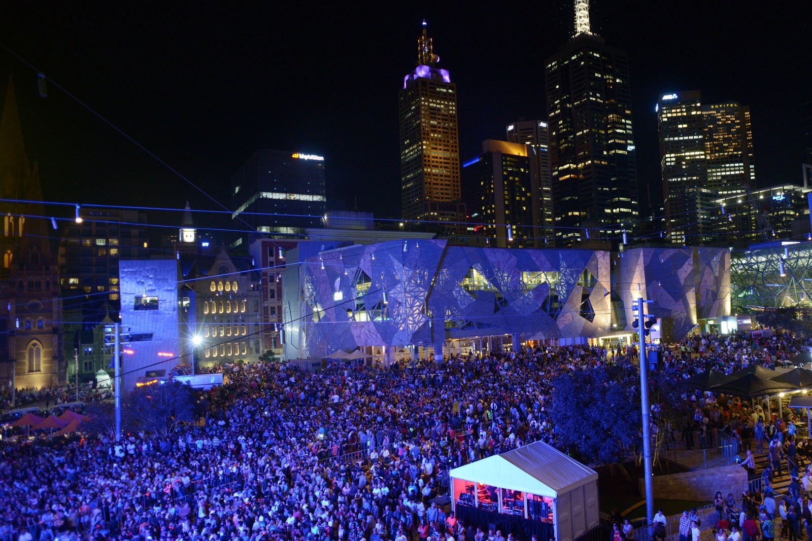 Australian police foil New Year's Eve terror plot in Melbourne