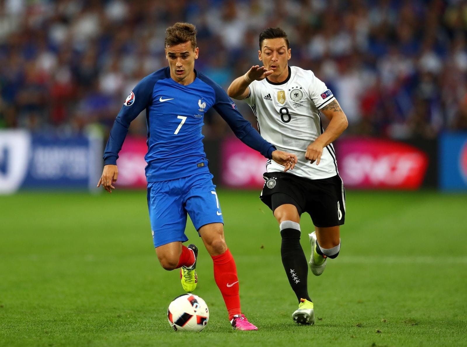 Antoine Griezmann-Mesut Ozil