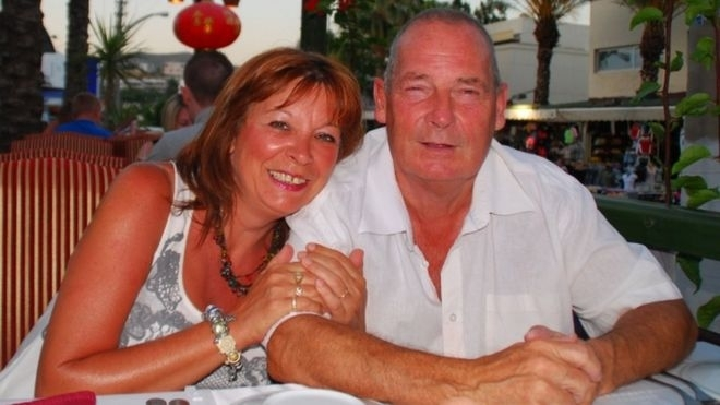Jakki Smith (l), with her partner of 16 years John Bulloch who died in 2011, has won her legal battle to give unmarried couples the same bereavement rights as married couples