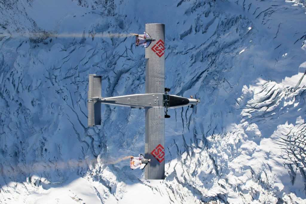 BASE Jump into flying plane