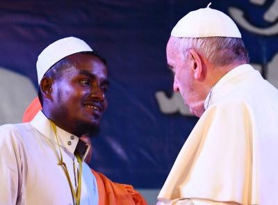 Pope Francis Rohingya Muslim refugees Bangladesh Myanmar