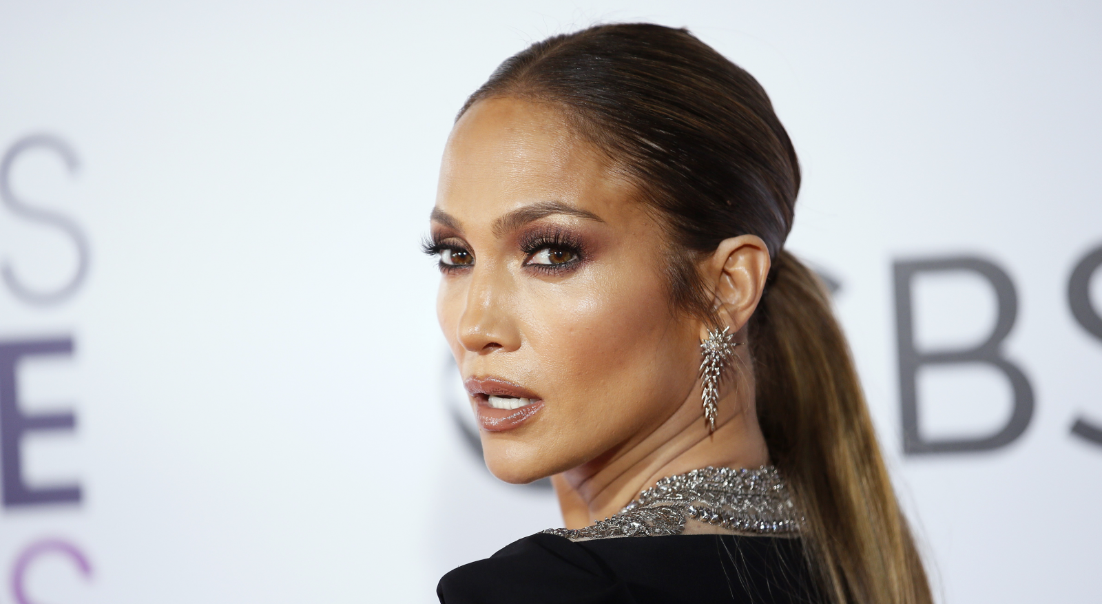 Such A Hottie Jennifer Lopez Makes Jaws Drop In Deep