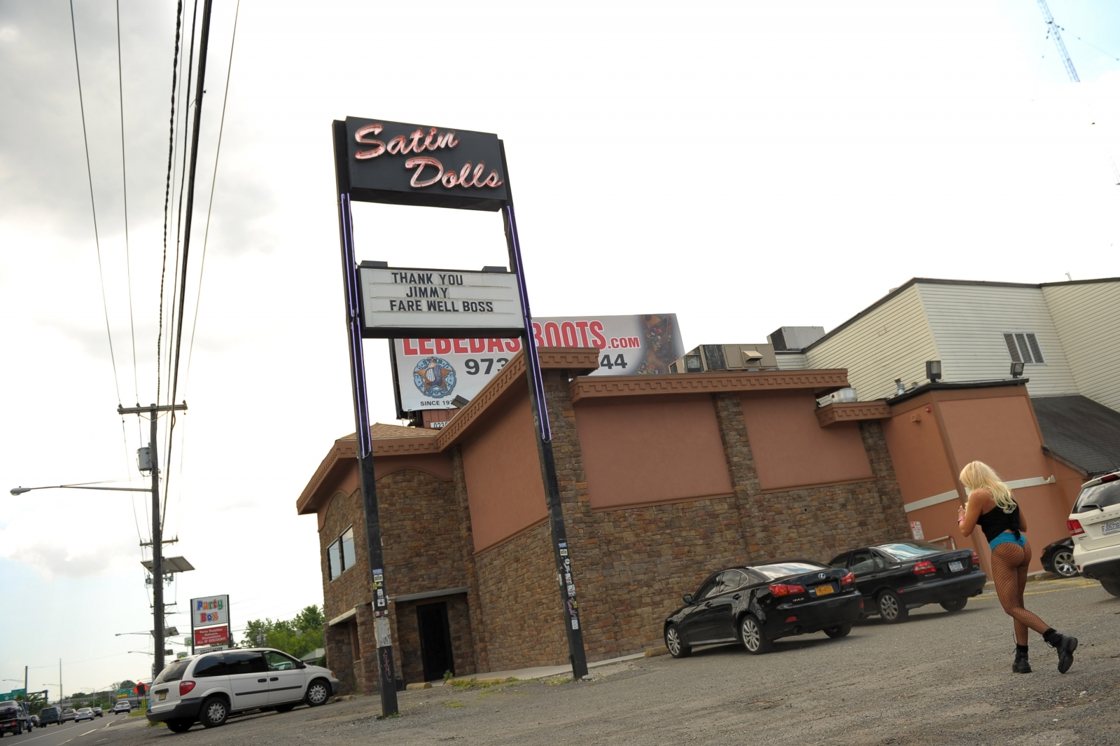 New Jersey whacks 'Sopranos' strip club amid criminal investigation